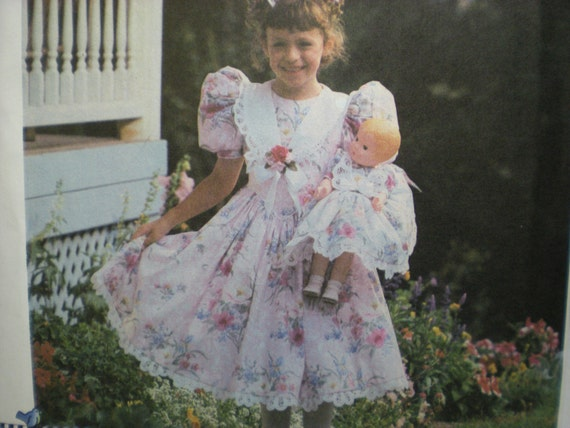 """1996 Simplicity 7009 Daisy Kingdom Child's Dress, Hairbow and Doll Clothes for 17"""" Doll Pattern, Size 3,4,5,6"""