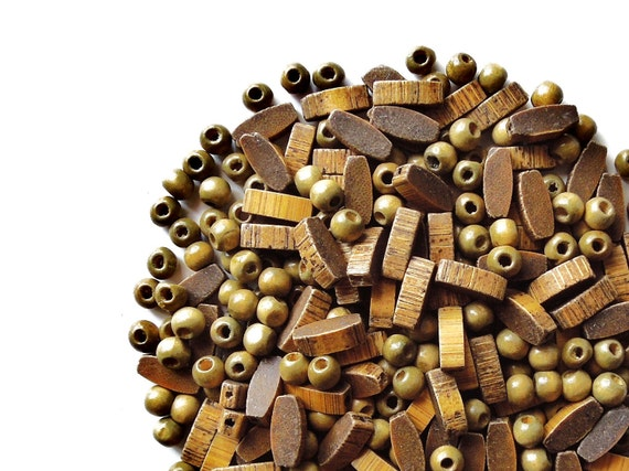 VINTAGE: 150 Wood Beads - Natural Wood Beads