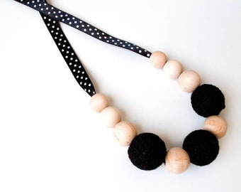 Black Nursing Necklace/Teething Necklace by SimplyaCircle-Breastfeeding Necklace-Eco-Friendly-Mother's day