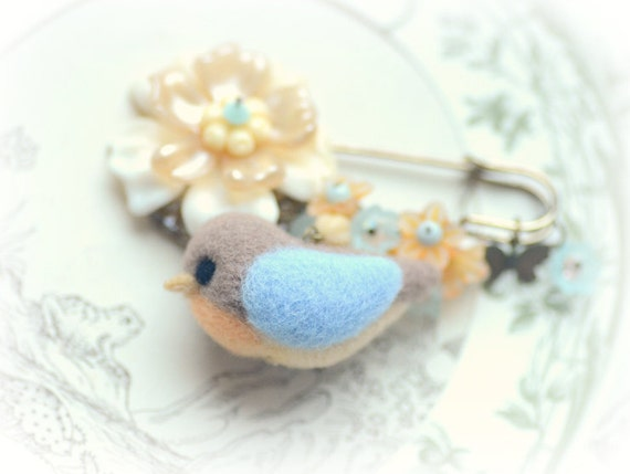 RESERVED FOR SOPHRONIA Wool needle felted Robin bird & flower pin / brooch, Robin's egg blue