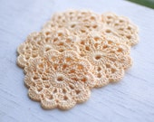Set of 5 crochet flower appliques Light yellow Birthday party Decoration Wedding Embellishment