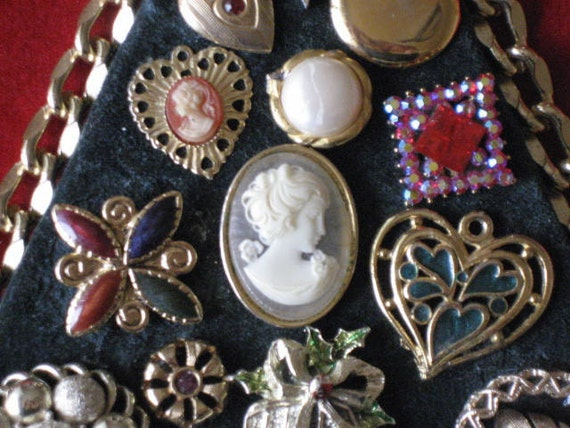 Vintage Americana picture.  Jewelry art with cameos, rhinestones. Home Decor. wReduced.