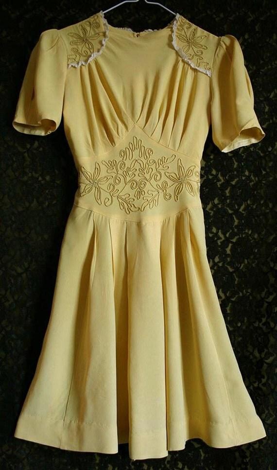 Vintage 1940s Yellow Crepe Rayon Swing Dance Dress WWII Era