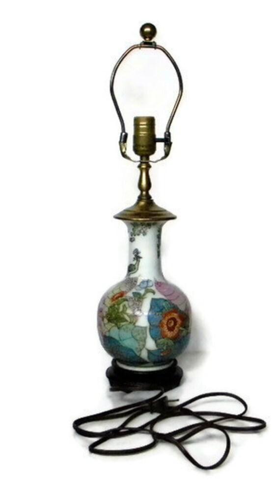 Vintage chinese tobacco leaf lamp