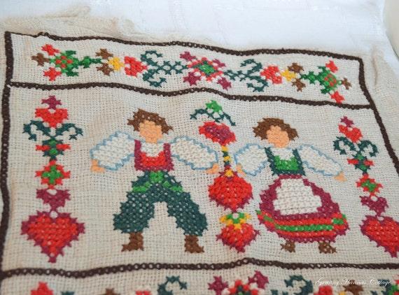 Old folk art embroidery cross stitch shabby chic Swedish