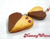 Strap - Chocolate & Jam heart cookies