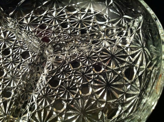 Daisy and Button Divided Dish by LG Wright