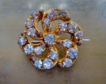 Victorian Rhinestone Antique Gold Brooch - Paste Pin