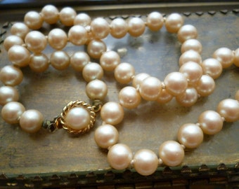 Vintage Ivory Glass Pearl Necklace - Hand Knotted Strand - Fancy clasp - Wedding