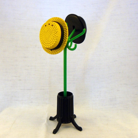 Salt and Pepper Shakers - Hat Rack