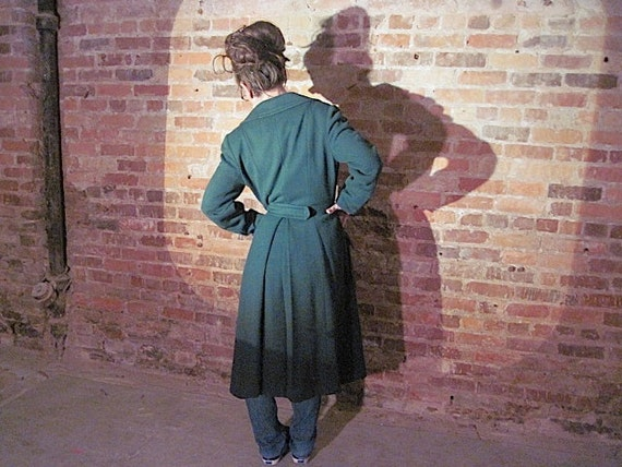 SALE Vintage // Deep Green Pea Coat // Chocolate brown Silk lined // Union Made // 1950's