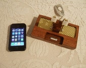 iPhone - iPod Dock -Charger and Sync Station - Oak - Brass style V1- Deluxe - Gold Engine Turned - iPhone Docking Station iPhone4 Dock