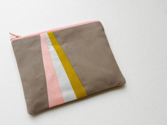 "Small zipper pouch 4,7""X6"" geometry color block in camel pech mustard"