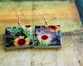 Blanketflower square glass and lacquer earrings- Free US shipping