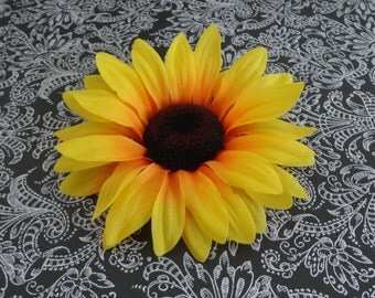 Women's Sunflower Hair Clip....Teen Girl Hair Clip...Girl Hair Clip