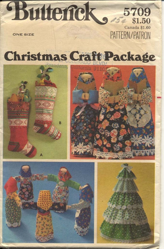 Butterick 5709 Christmas Crafts Pattern Stockings Dolls and Tiered Christmas Tree Holiday Kitsch 1970s Vintage Sewing Pattern Crafts UNCUT