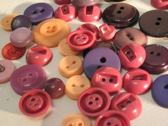 Reserved for MARIA Vintage Grab Bag of 50 Purple, Pink and Peach Buttons P1 with Free Gift Bonus Bag