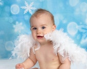 9 to 12 months - White Feathered Baby Wings