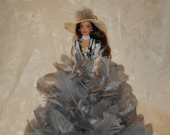 Feather Dolls/Glamour Dolls/Barbie Dolls/ Vintage Dolls/ Dolls/ Small Dolls