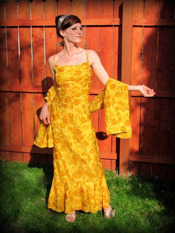 Vintage 60s Yellow Floral Print Mermaid Gown With Matching Shawl  Summer Dress Size Large