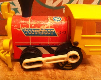 Fisher Price Vintage Toot Toot 1964 Train