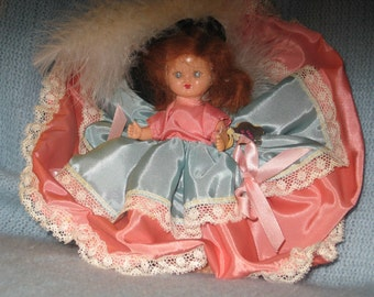 HOLLYWOOD doll LADY ELAINE