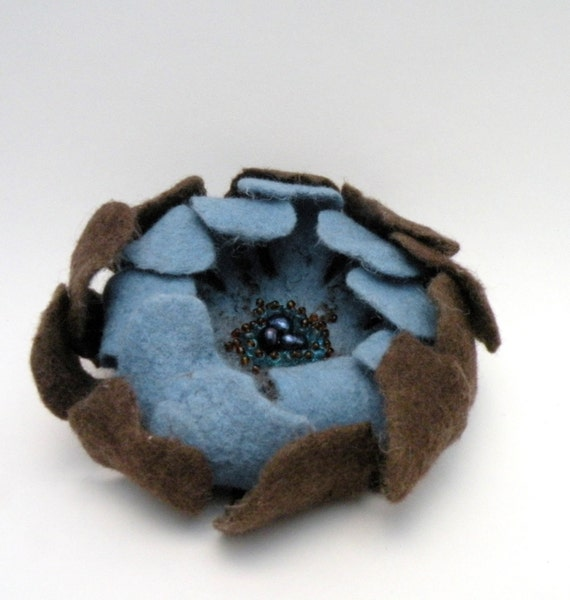 Wool felt flower brooch - blue and brown chocolate - floral jewelry - handmade felted flower pin