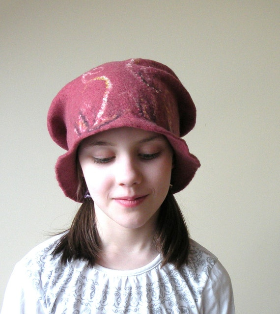 Cranberry wet felted wool girl or women hat - autumn fall fashion - school girl - back to school - autumn hat