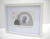 "5""X 7"" Dotty Ladybug Print with 2.5"" Circle Photo Window"