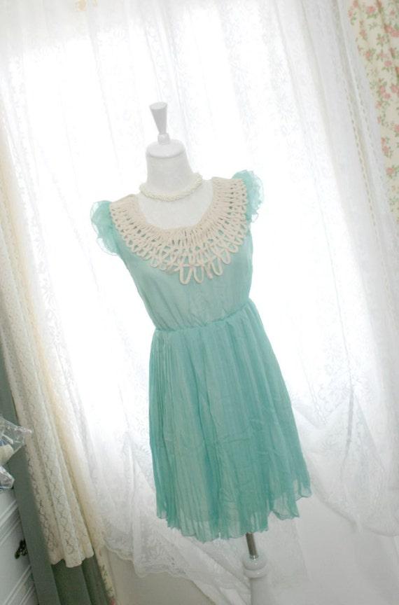 Alice in wonderland mint green crocheting lace neckline pleated chiffon dress ruffles sleeves