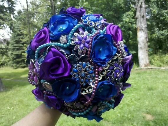 Brooch Wedding  Bouquet, Vintage, Bridal, Rhinestones, pearls Fabric Flower Bouquet, weddings