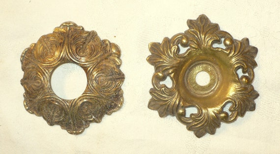 2 VTG Ornate Metal Bobeches Collars Feathers Arrows Berries