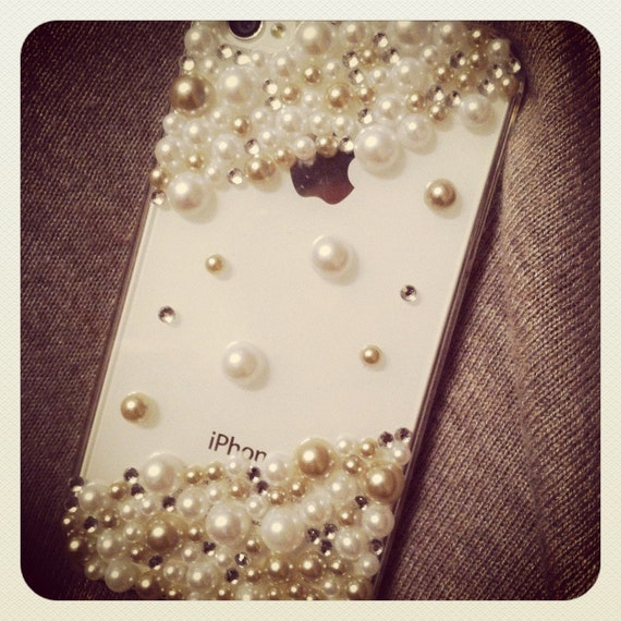Beautiful Swarovski Pearls and Crystals iPhone 4/4S Case
