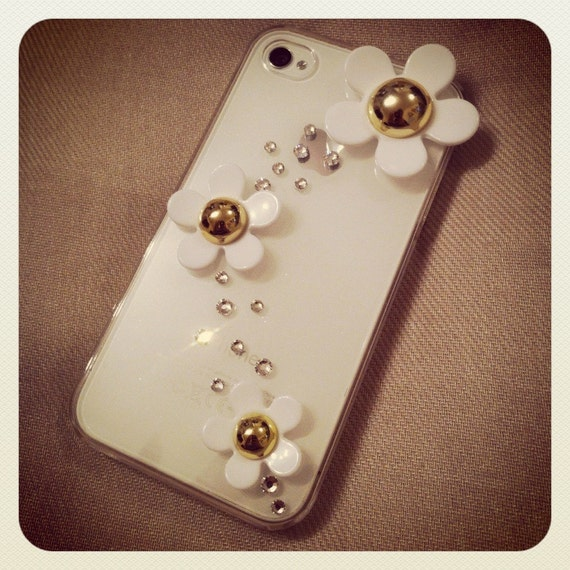 Gorgeous White Daisies Swarovski Crystals iPhone 4/4S Case