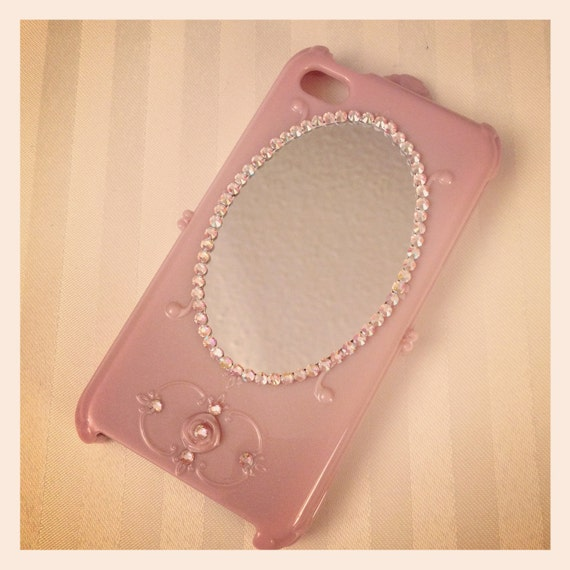 Pretty Vintage Style iPhone 4/4S Hard case with Back Mirror and Swarovski Crystals - pink