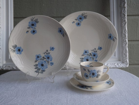 Vintage Homer Laughlin China Gascon Pattern 30 Piece Collection  Made For Sears Circa 1940's