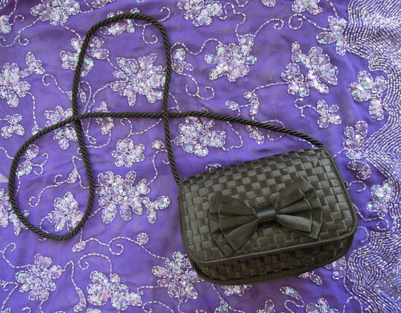 SUPER ADORABLE woven black satin bow evening bag with rope strap