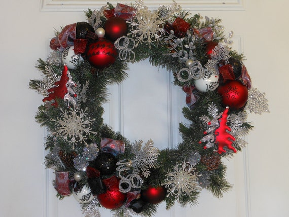 REDUCED - Christmas Wreath Red & Silver Glitter Tree sparkle Snowflake Ornament