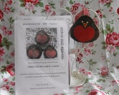 Robin Red Breast Felt Kit  - Make Your Own - DIY - Christmas Ornament
