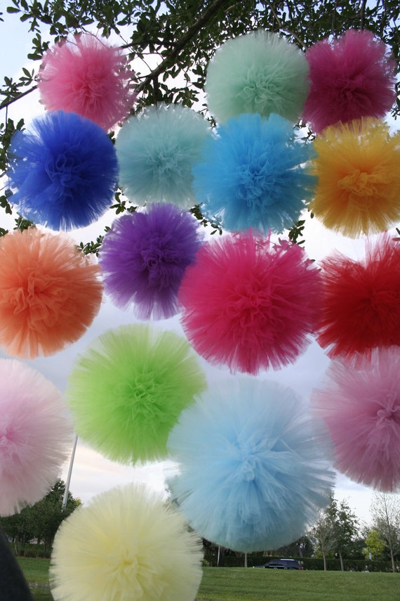 Tulle pom poms.... set of 4 for nurseries