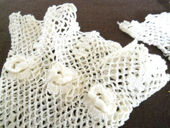 Vintage Bridal Gloves Ivory Lace Crocheted