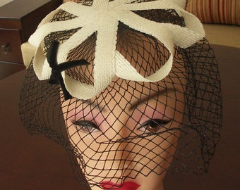 Vintage 1950s off white sisal straw hat with birdcage veil