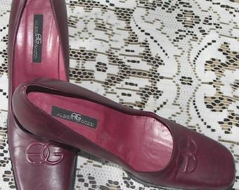 Clearance: Alberto Gozzi designer vintage burgundy leather Italian heels