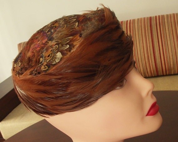 Vintage60s brown pheasant feathered pillbox hat