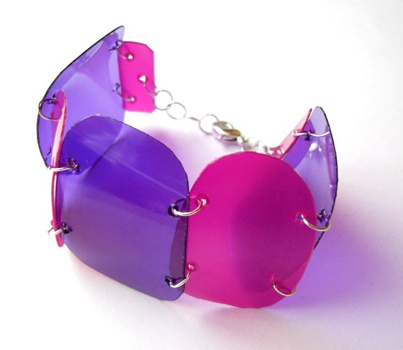 Purple and pink recycled plastic bottles cuff bracelet - Psychedelic pink - modern, geometric, upcycled, eco friendly jewelry