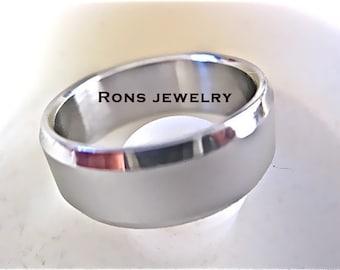 Steel 8 mm Ring, Brushed Center with Shiny, Beveled Edge, Single Band