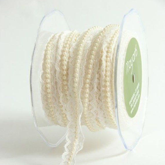 May Arts - Ivory  Lace Ribbon with Pearl Center - 1 Yard