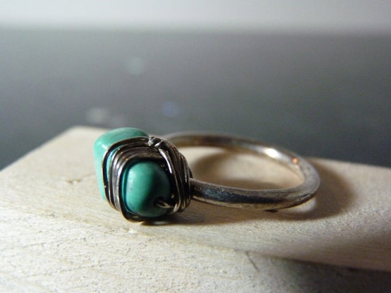 SALE Vintage Silver Unusual Ring with Turquoise Stone Wrapped in Wire