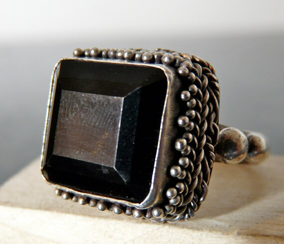 SALE Vintage Silver Ornate Art Deco Ring with Square Onyx