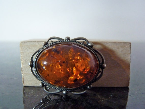 SALE Vintage Silver Beautiful Amber Brooch Pin